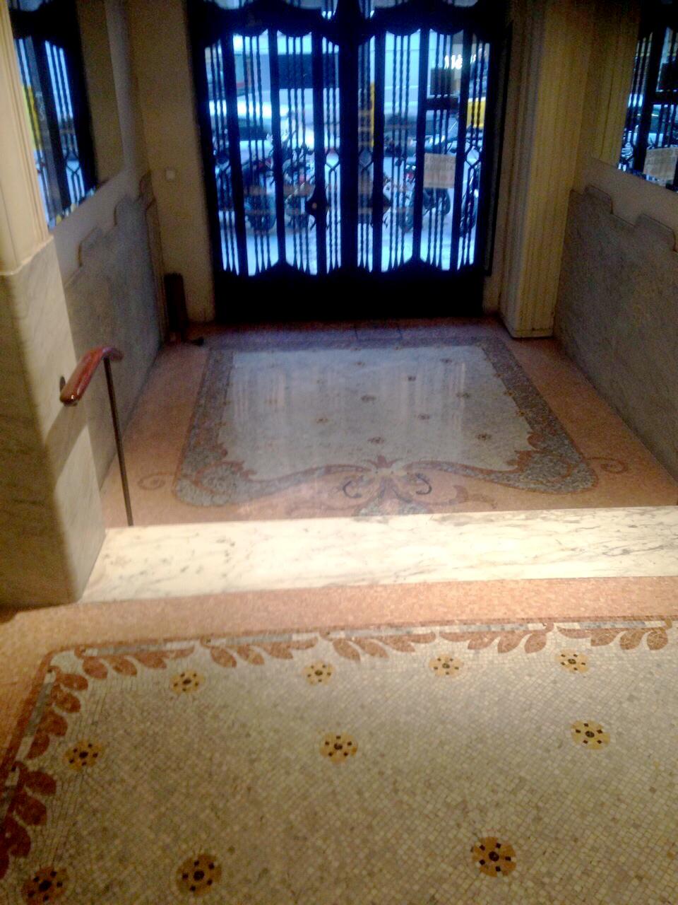 MosaicosBarcelona |Pulido y abrillantado de suelos en mosaico romano en Barcelona
