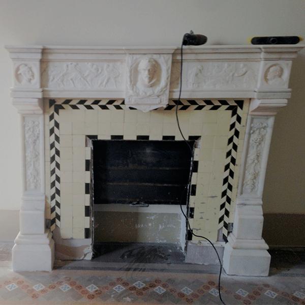 chimenea-y-pavimiento-de-mosaico-nolla-restaurado-Barcelona