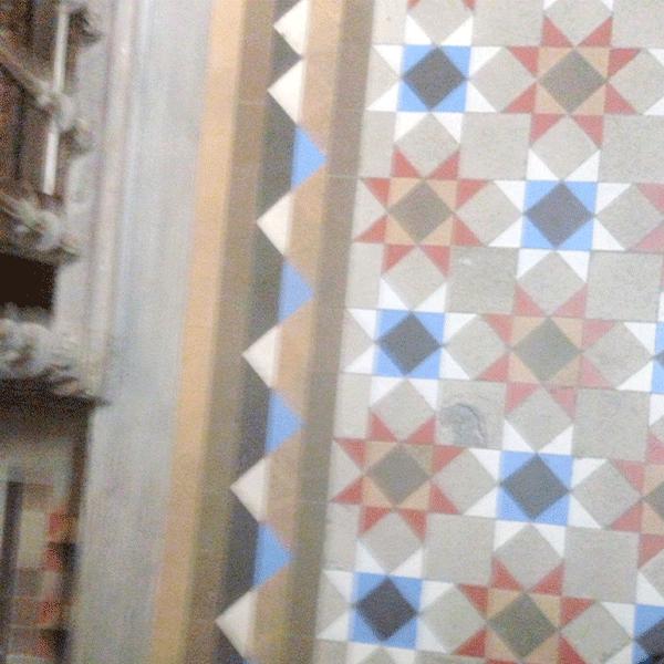 mosaico-nolla-restaurado-en-piso-de-barcelona