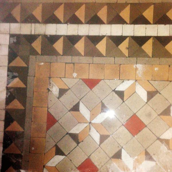 restauracion-de-suelo-de-baldosas-nolla-Barcelona