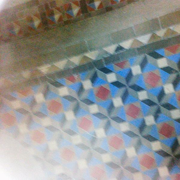 suelo-de-baldosas-nolla-recuperado-en-Barcelona