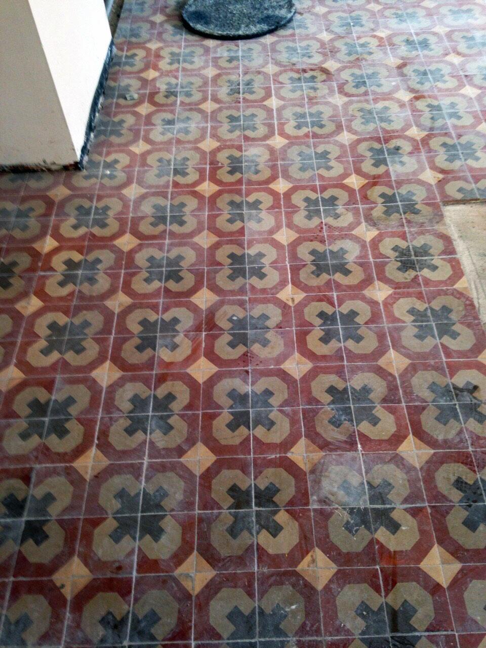 Pulir-mosaico-hidraulico-Barcelona