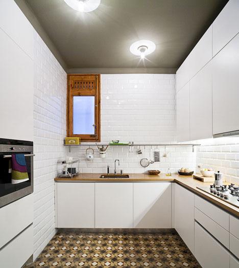 Apartamento-en-Consell-de-Cent-suelo-restaurado-5
