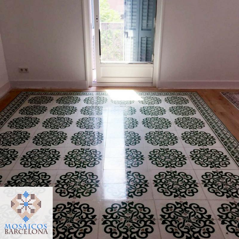 MosaicosBarcelona-Espectacular-pulido-de-suelo-hidraulico-combinado-con-madera-en-vivienda-de-barcelona