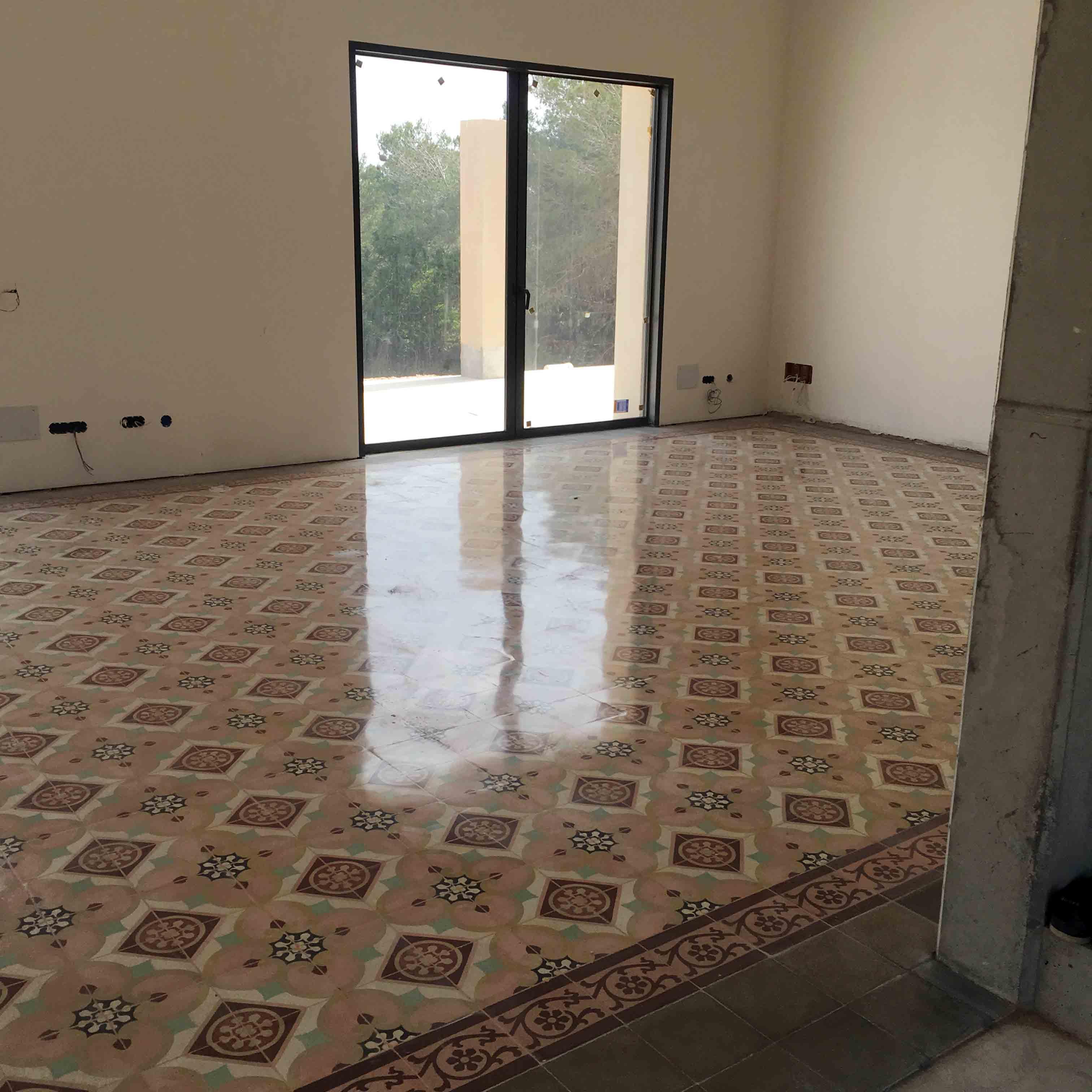MosaicosBarcelona-Recuperacción-abrillantado-y-acristalado-de-suelos-de-mosaico-hidraulico-en-vivienda-en-Mallorca-Baleares-21